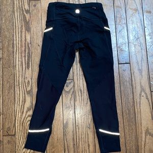 Athleta Cropped Leggings with Pockets and Zipper